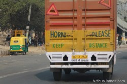 Please honk! – New Delhi